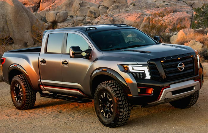 nissan titan warrior redefining pick ups. Black Bedroom Furniture Sets. Home Design Ideas