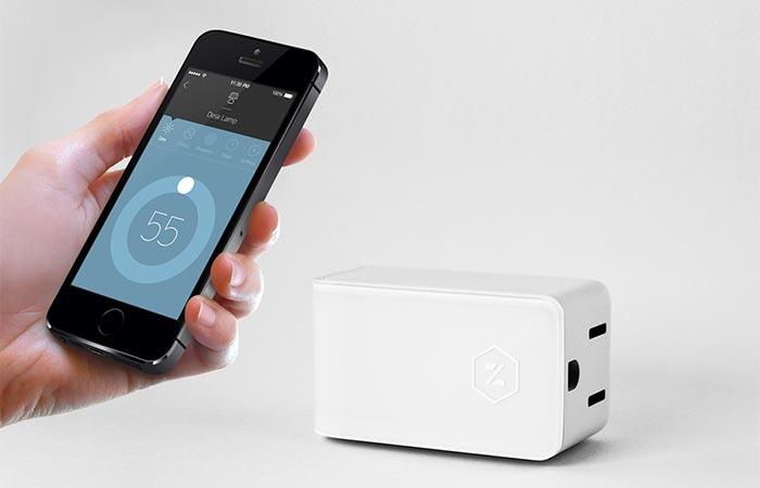 Zuli Smartplug And A Smartphone App