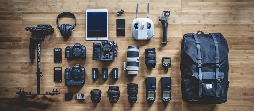 Choosing The Right Camera For Newbie Travel Photographers: DSLR Vs. Action Camera Vs. Smartphone