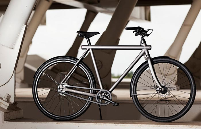 Grey VanMoof Electrified S