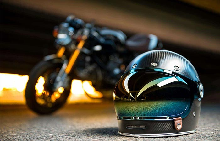 Tinted Bubble Shield on Bell Bullitt Carbon helmet with a Ducati in the background
