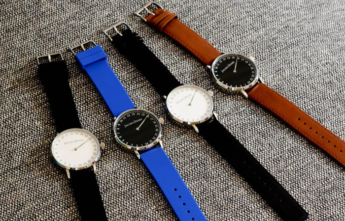 The 4 different watches of the Jacopo Dondi watch collection.
