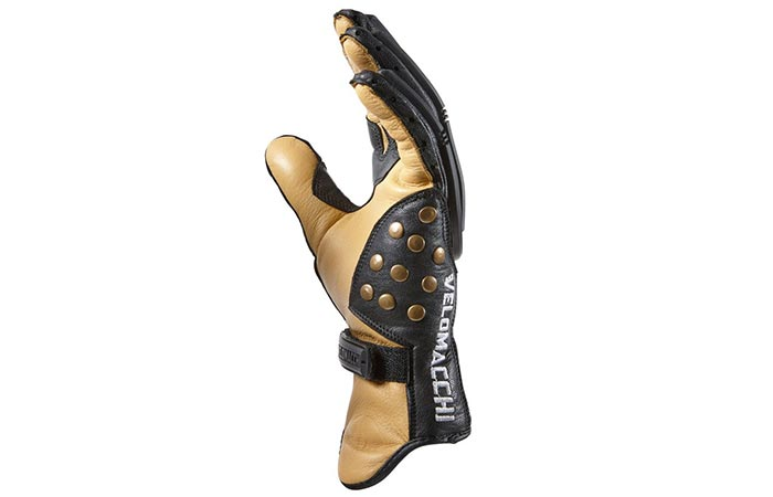 Side view of the Velomacchi Speedway gloves