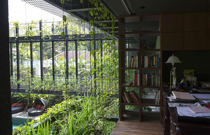 Cornwall Gardens Eco Friendly Family Home In Singapore