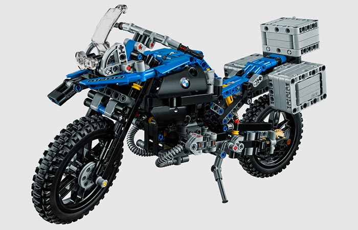 Lego BMW R 1200 GS front view