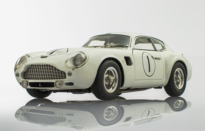 Racing Heroes Aston Martin DB4 Zagato White