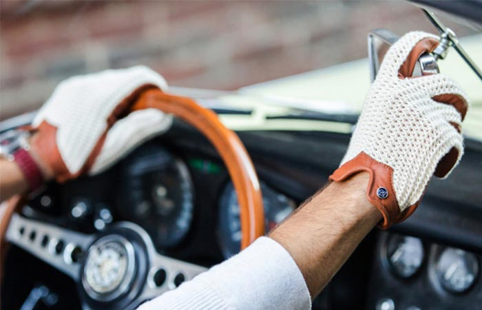 Stringback Driving Gloves With Natural String by Autodromo