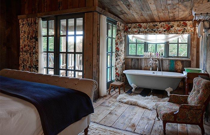 inside the cabin in Soho Farmhouse