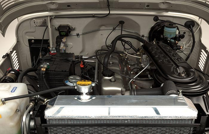 3F engine of the 1981 Toyota Land Cruiser FJ45 Troopy