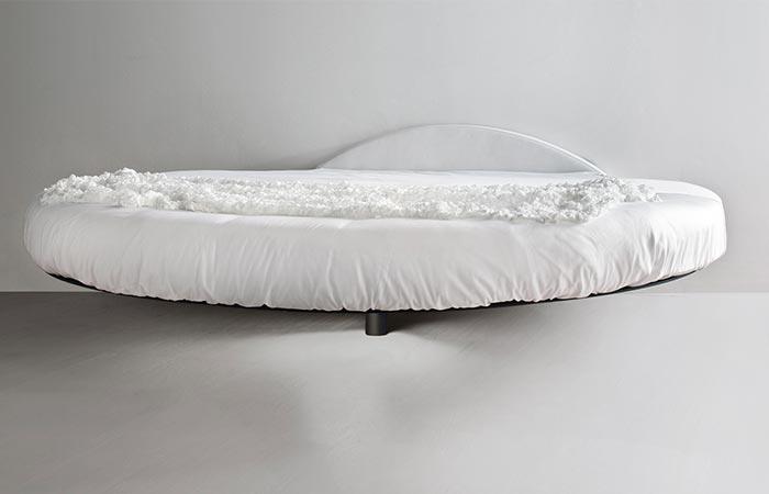 round fluttua suspended bed