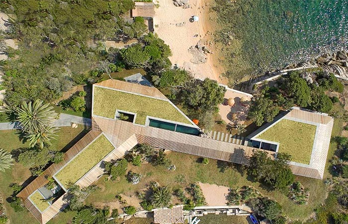 the H2 Cape House from the above