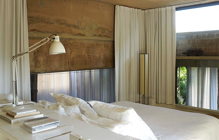 La Fabrica bedroom