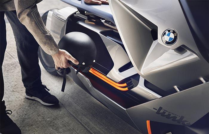 putting a helmet into BMW Concept Link
