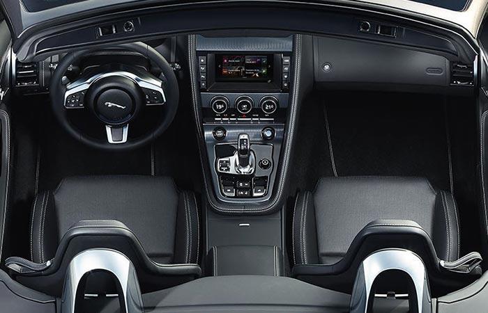 Jaguar F-Type 2017interior