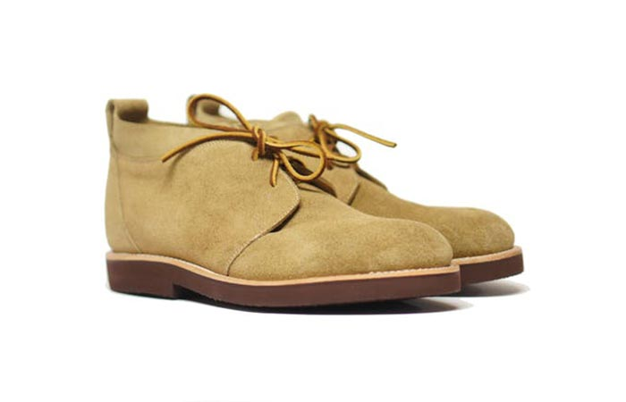 Unmarked Roll Top Desert Boot