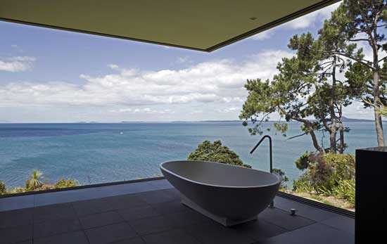 white gray tub scenery