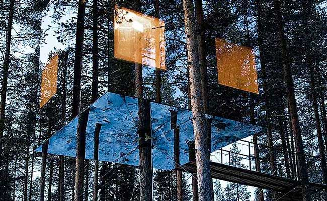Treehotel Sweden Mirrorcube Exterior