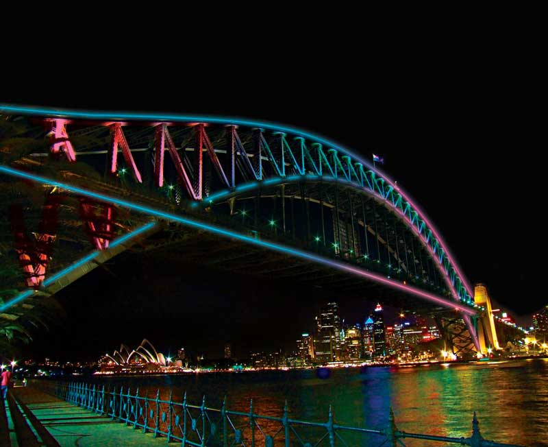 Vivid Light Up bridge Sydney