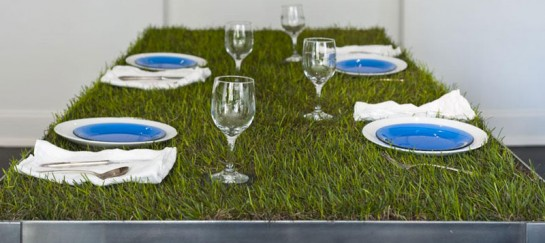 Grass Top PicNYC Table by Haiko Cornelissen Architecten