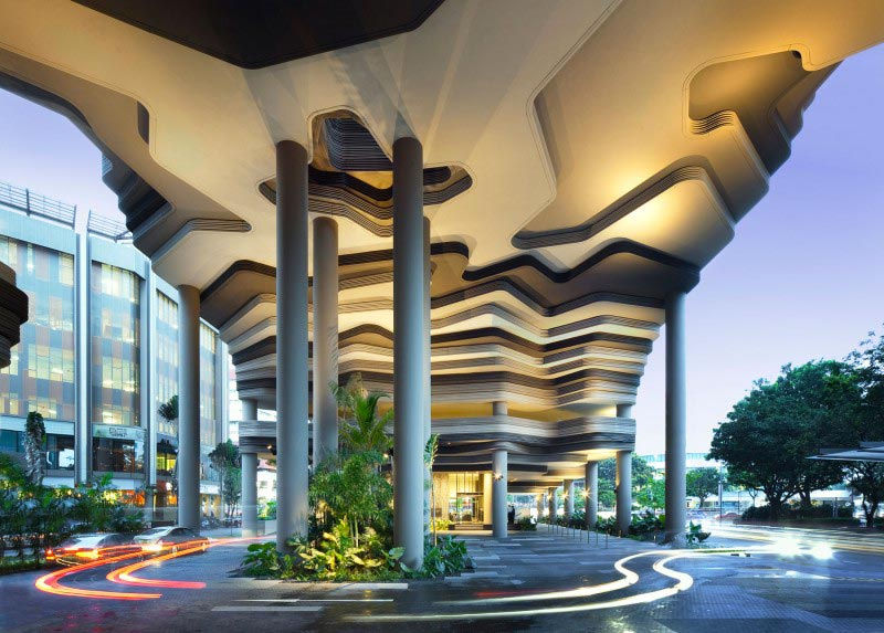 exterior view of the pillars and ceiling at the Parkroyal Singapore