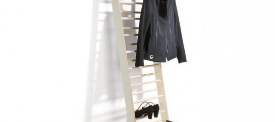 Zeugwart Shoe and Coat Rack – Efficient Use of Storage Space