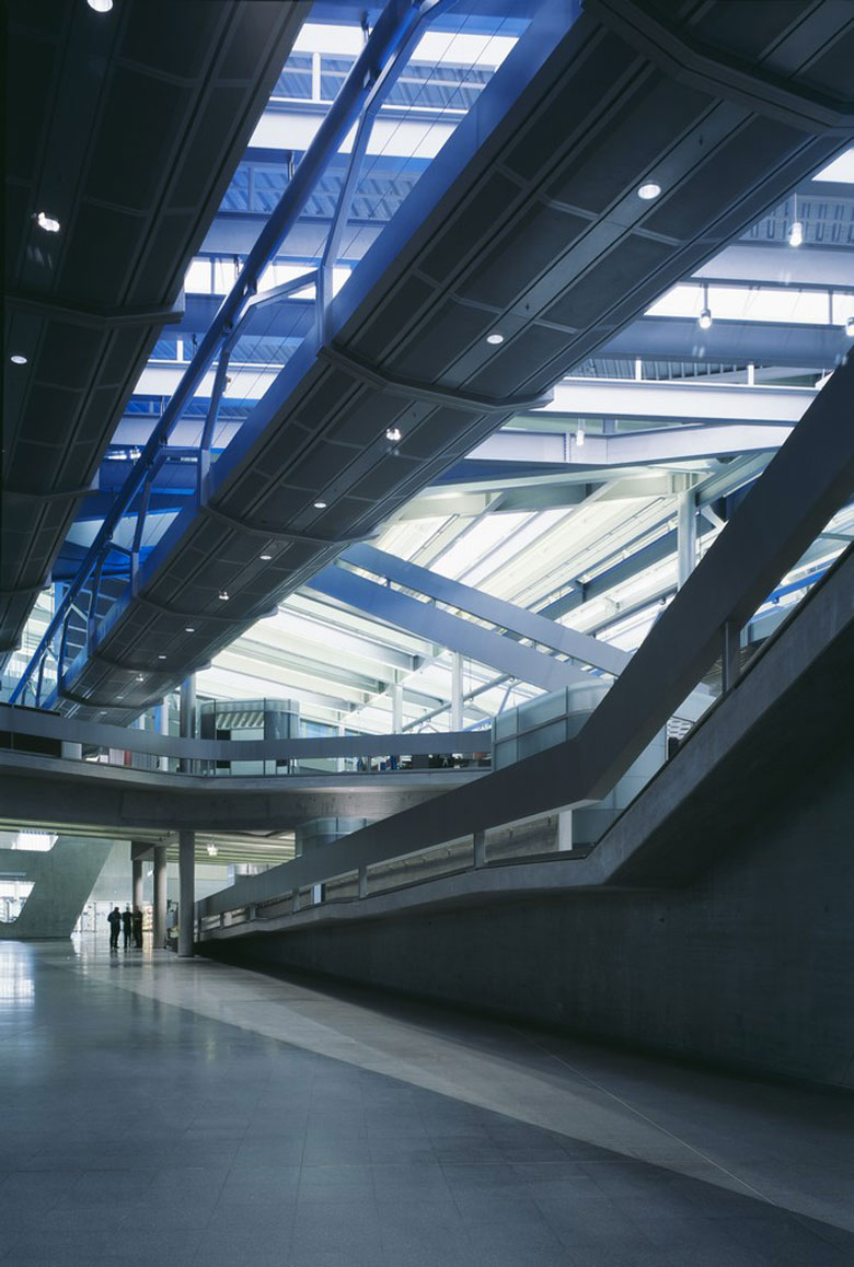 Interior Design of the BMW Central Building in Leipzig by Zaha Hadid Architects