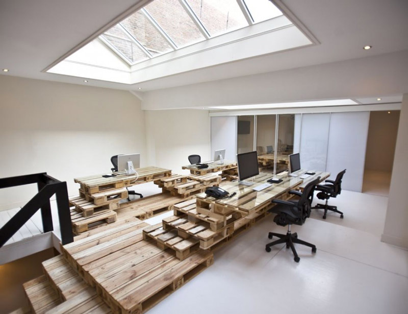 BRANDBASE PALLET OFFICE IN AMSTERDAM