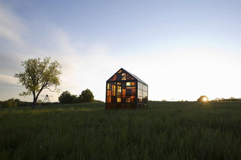 Hilltop Glass House Solarium by William Lamson