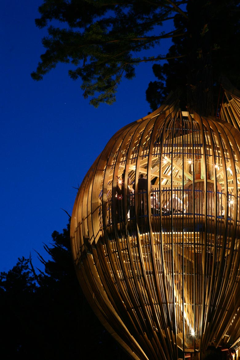 Architecture of The Yellow Treehouse Restaurant in Auckland,New Zealand by Pacific Environments Architects