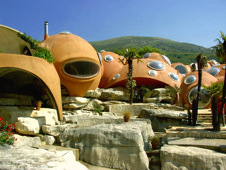 Exterior view of the architecture at the palais bulles, palace of bubbles Pierre Cardin house by antti lovag in Cannes