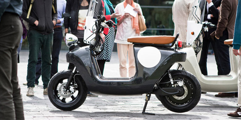 Black Be.e Hemp Electric Scooter by Vaneko