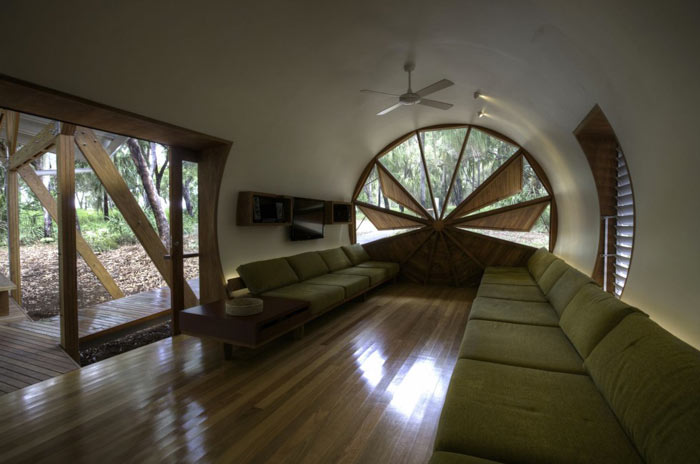 Living room with wooden floors at the Drew House by Simon Hills of Anthill Constructions