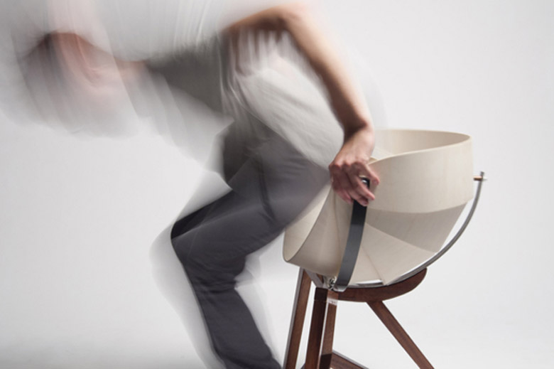 Globe Chair by Michiel van Gadeldonk