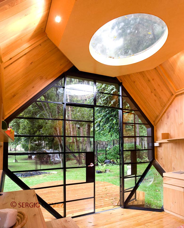 Interior design of the Habitable Polyhedron Garden Office by Manuel Villa