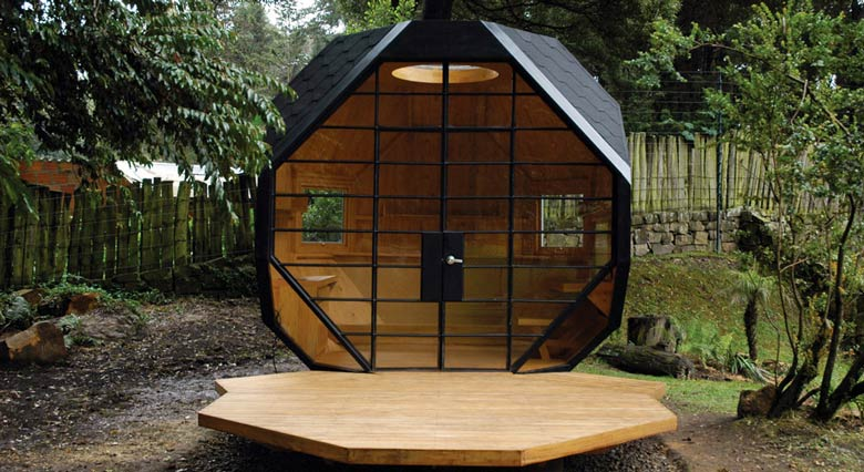 Habitable Polyhedron Garden Office by Manuel Villa Jebiga