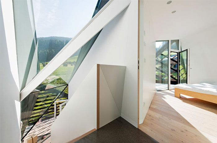 Interior design of the Paramount Alma Residence by Plasma Studio