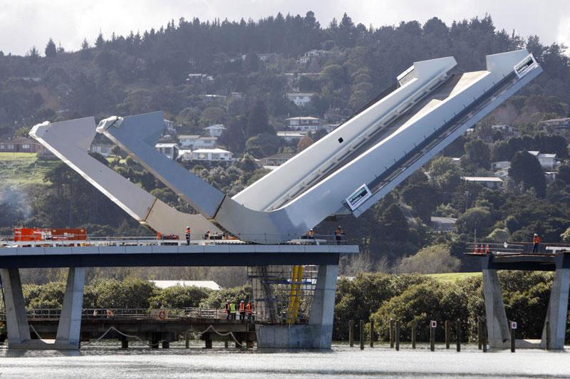 Te Matau Pohe bridge aka 'Fish hook of Pohe' Bridge in Whangarei New Zealand Knight Architects fully extended