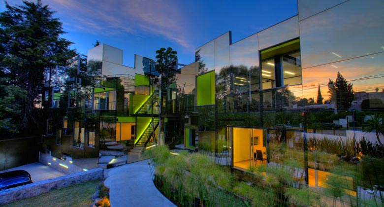 Trevox 223 Reflective Building by CRAFT Arquitectos on Jebiga