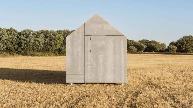 Side view of the aph80 Portable Concrete Prefab House by Abaton