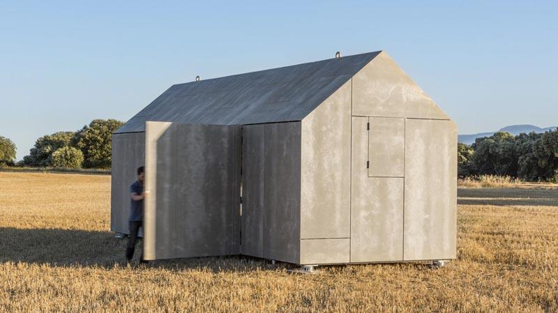 aph80 Portable Concrete Prefab House by Abaton
