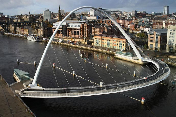 Gateshead Millennium Bridge Tilting Bridge in England