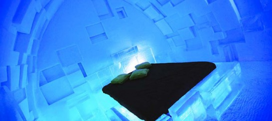 HOTEL DE GLACE | ICE HOTEL IN QUEBEC CITY, CANADA