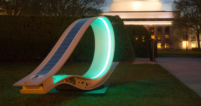 MIT SOFT Rockers Solar Powered Charging Station & Rocking Chair on Jebiga