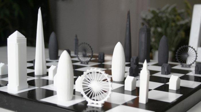 Skyline Chess Set on Jebiga