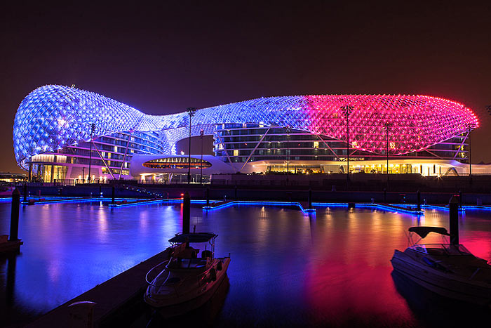 LED light show of the YAS Viceroy Hotel in Abu Dhabi