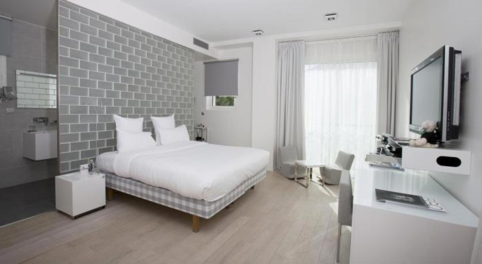 Room design at the KUBE Hotel Gassin in Saint-Tropez