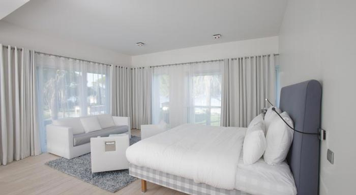 Bedroom design at the KUBE Hotel Gassin in Saint-Tropez