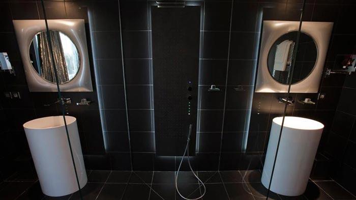 Bathroom design at the KUBE Hotel Gassin in Saint-Tropez