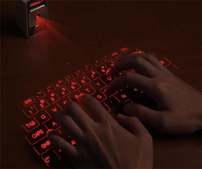 Keyboard projection by the Magic Cube Laser Projection Keyboard Touchpad by Celluon