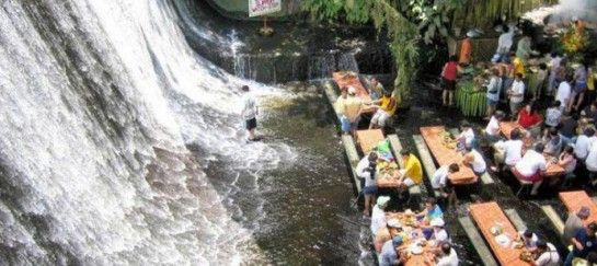 Villa Escudero Resort Waterfall Restaurant – Philippines (VIDEO)